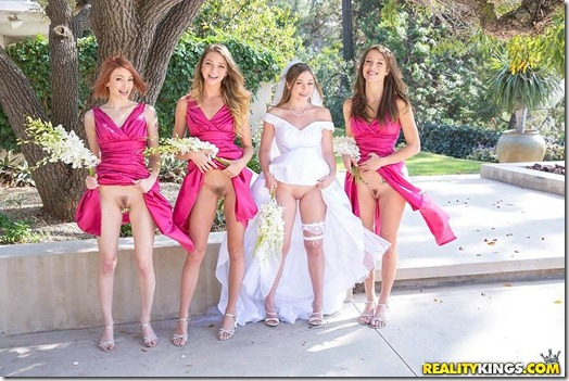 lesbian-bridesmaids-01